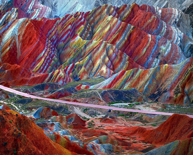 صخرههای رنگین کمانی چین