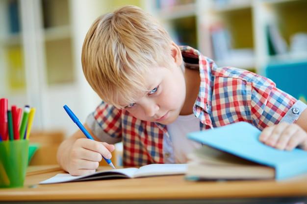 پیشرفت فناوری دردسر جدید مدارس برای جلوگیری از تقلب در امتحانات